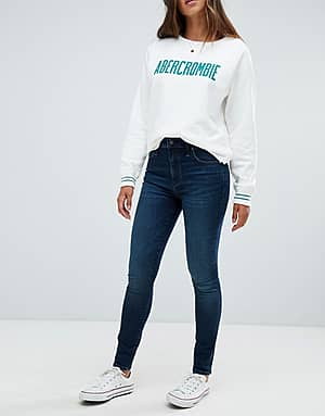 Abercrombie & Fitch Superenge Stretch-Jeans mit hohem