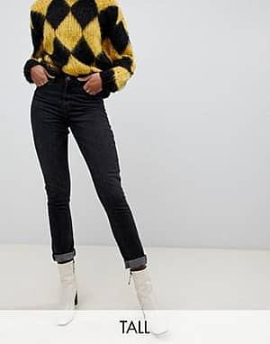 Only Tall Schwarze Mom-Jeans